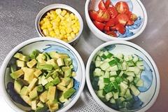 彩りスプーンサラダ1