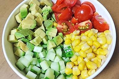 彩りスプーンサラダ
